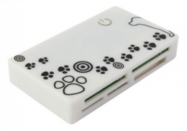 PC PET CR-215DWH USB 2.0 24 in 1 Dog White